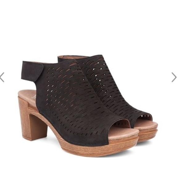Dansko DANAE Milled Nubuck Black Womens Comfortable Strap Sandal Heels
